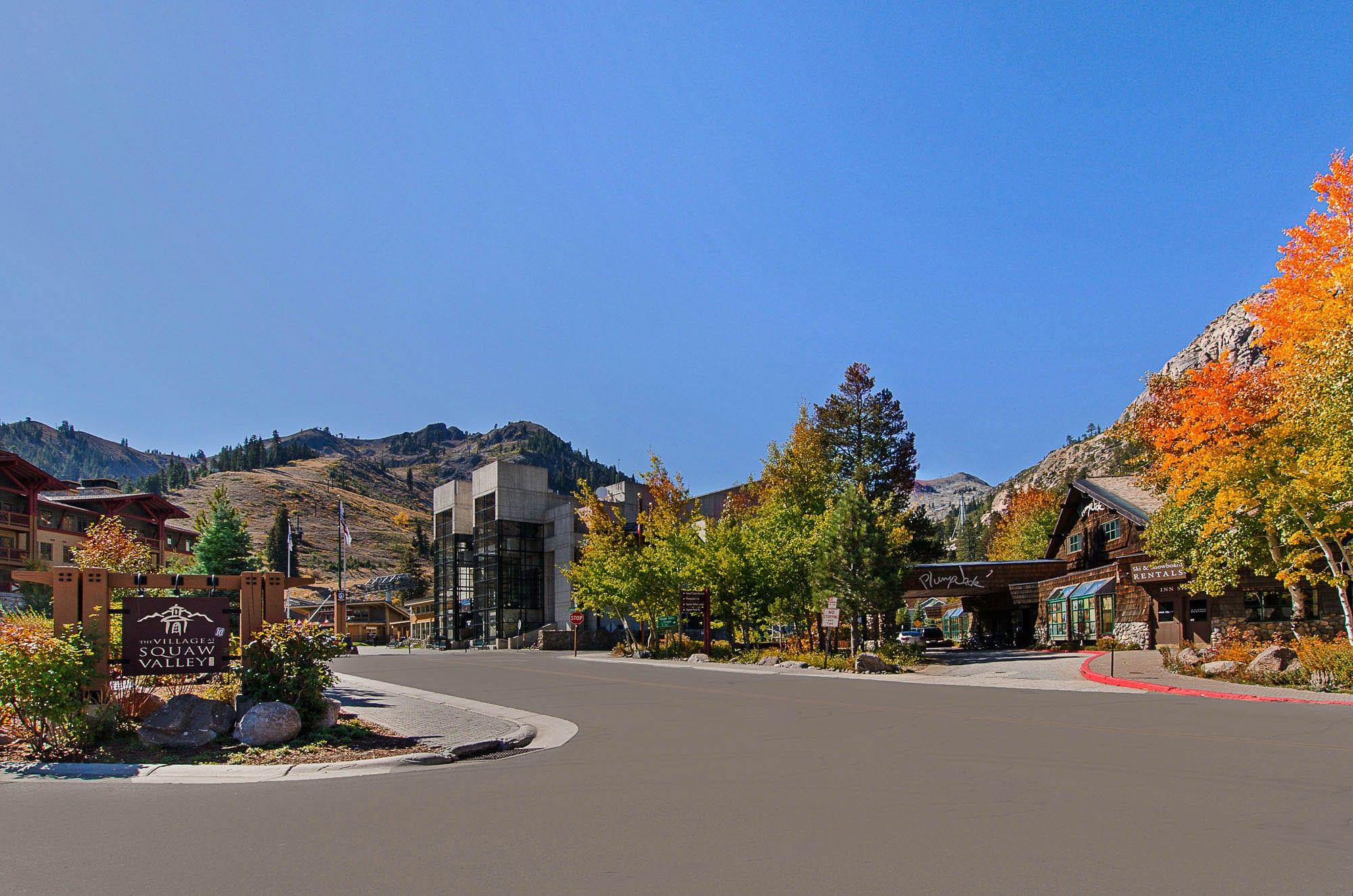 R_R Squaw Valley Entrance 00